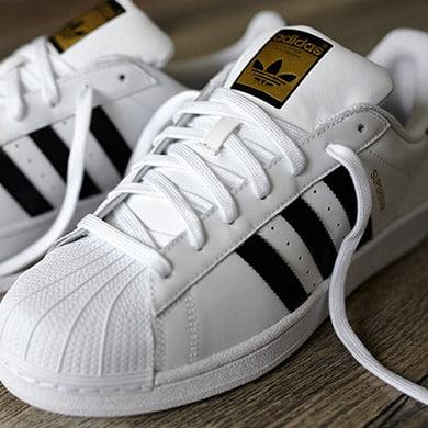 AW LAB e la leggenda dello streetstyle: le adidas Superstar