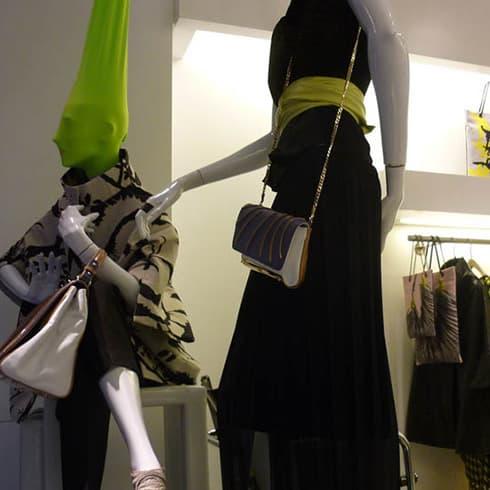 Apre a Venezia il nuovo store Arnoldo][Battois