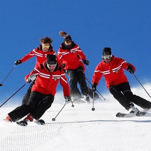 EA7 Emporio Armani veste i maestri di sci della Valle D'Aosta