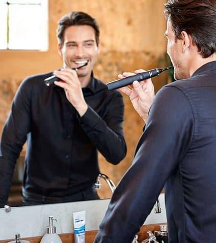 Philips Sonicare DiamondClean: tecnologia sonica per una pulizia dentale completa