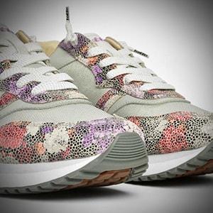 Lotto Leggenda, le floreali scarpe donna per la bella stagione